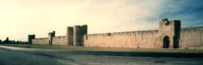 Pohled na jižní úsek hradeb