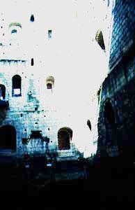 Vnitřní stěny donjonu